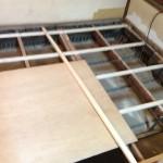 再建築不可 セルフリフォーム 床板張替え (´Д`)