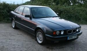 BMW525-08